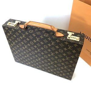 Louis Vuitton attache case